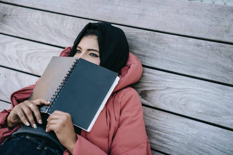 社会人が休日に勉強するデメリット